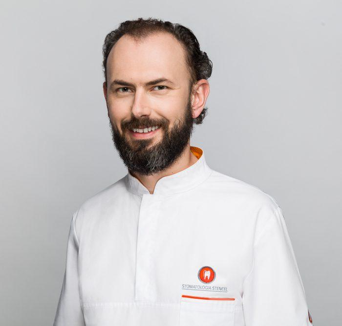 lek. dent. Michał Makowski