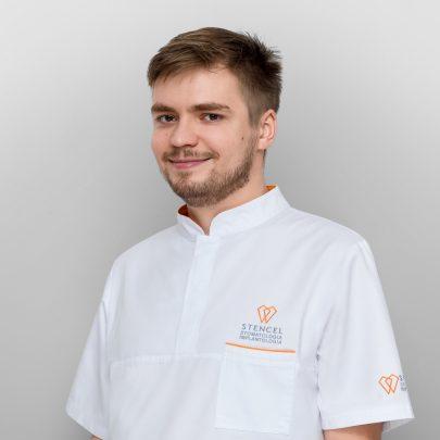 lek. dent. Bartosz Kulawik